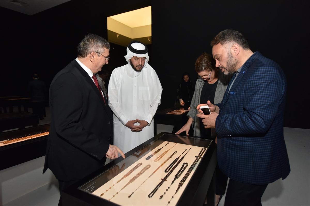 Katar'da Çağdaş Hat ve Tespih sergisi açıldı